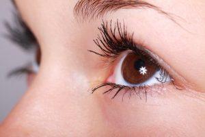 Få hjelp mot tørre og såre øyne